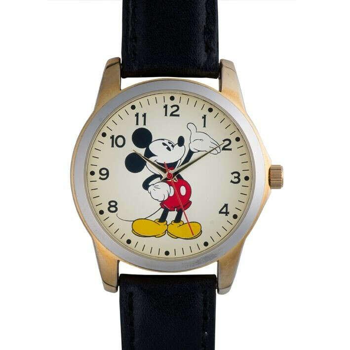Часы с Микки-Маусом