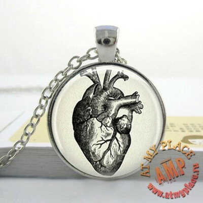 "Кулон-медальон ""Анатомическое сердце"""