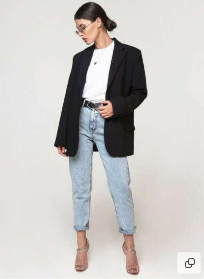 Черный пиджак-оверсайз