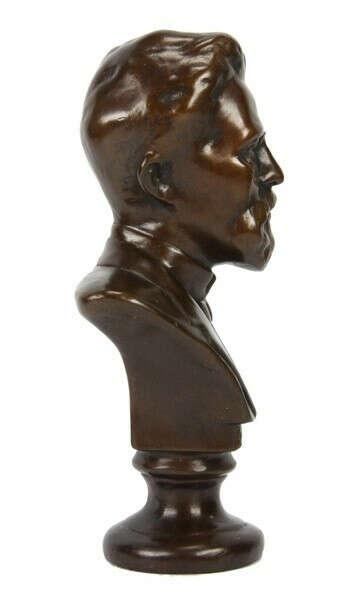 А.П.Чехов в бронзе