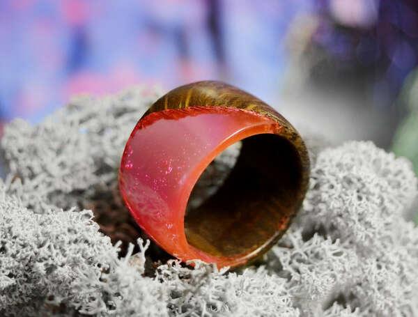 Хочу такое кольцо из дерева и эпоксидной смолы!