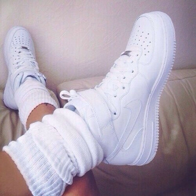 Белые кросовки
