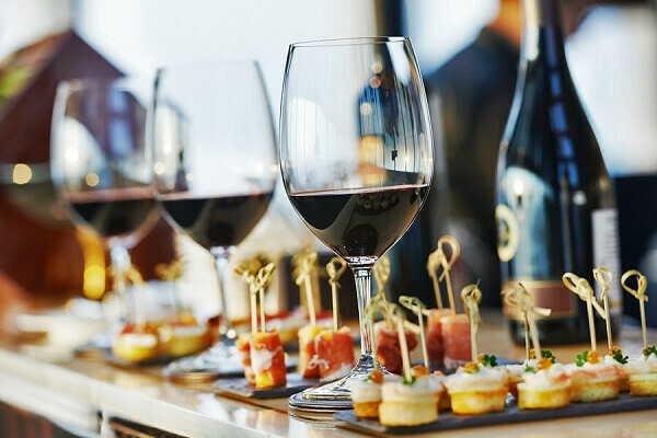 Wine Tasting: Sensory Techniques for Wine Analysis
