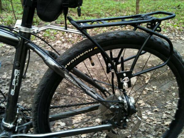Велобагажник для вела без стандартных креплений на раме с дисковыми тормозами