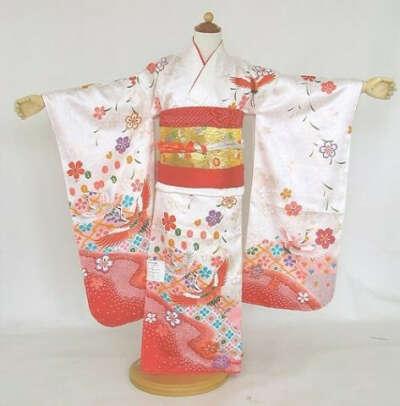 Целый день носить кимоно