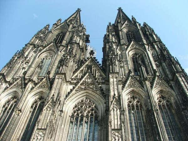 Посмотреть на Кёльнский собор