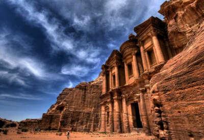 посетить Иорданию
