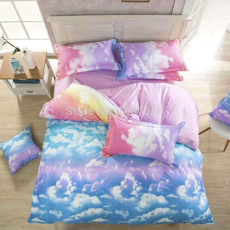 Небесное постельное белье