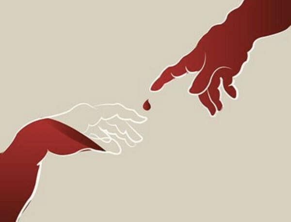 Стать донором крови не менее двух раз в 2021 г.