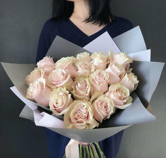 Букет из 17 роз Эквадор