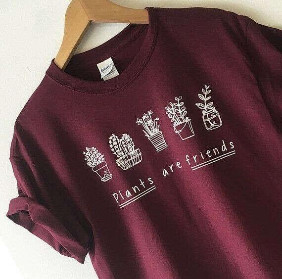 Милых футболочек