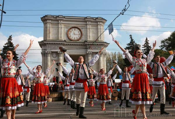 Побывать в Молдове