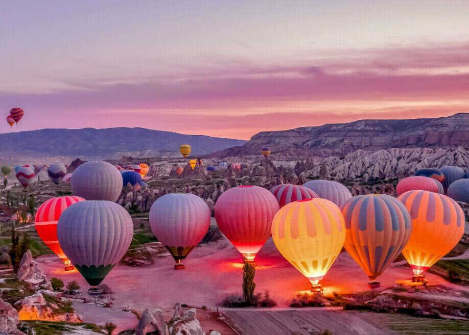 Увидеть рассвет из воздушного шара в Каппадокии