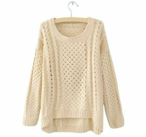 Вязанный свитер (бежевый)
