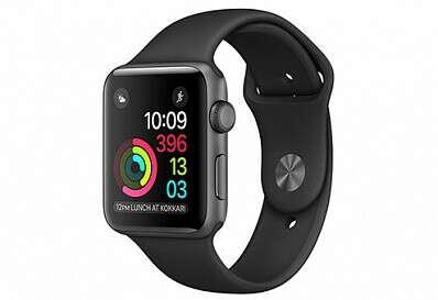 re:Store — Купить Apple Watch Series 2,  42 мм, корпус из алюминия цвета «серый космос», спортивный ремешок чёрного цвета по цене 36990 руб.