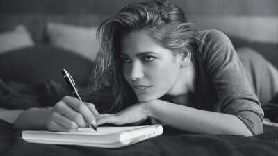 красивые ручки,тетради