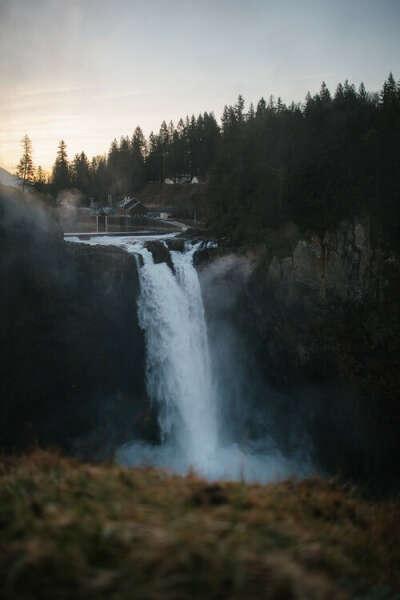увидеть большой водопад