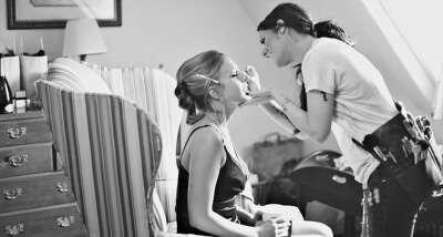 Работать как make-up artist