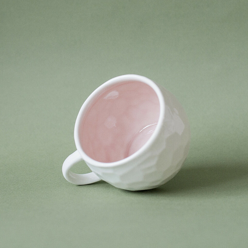 Кружка Ануна от AGAMI Ceramics розовая