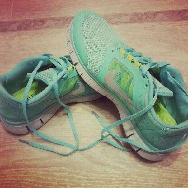 Мятные Nike