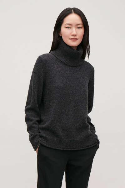 Кашемировый свитер от COS - серенький))