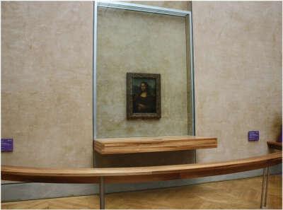 Побывать в Лувре