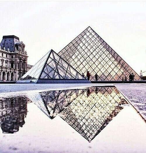 Посетить Лувр