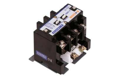 https://www.magnumswitchgear.com/product/contactor-mach-series-4p/