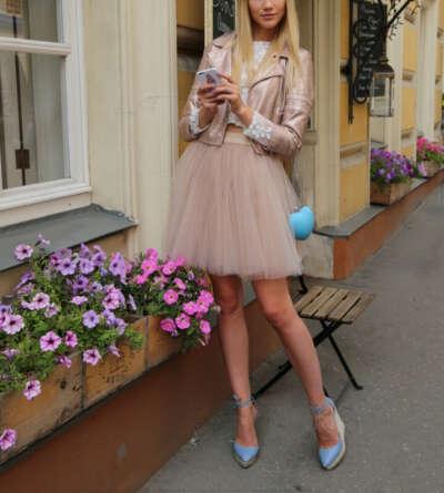 Юбка-пачка мини http://www.tskirt.ru/#!online-store/c40v/!/Пышная-юбка-мини-из-мягкой-сетки-цвет-Nude/p/52743047/category=13002046