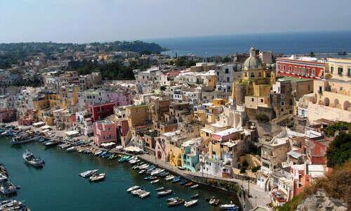 Съездить в Неаполь