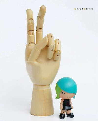 Модель руки деревянная с подвижными пальцами