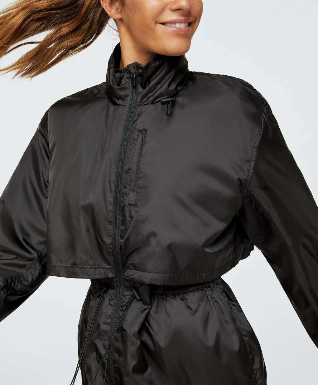 Куртка для бега непродуваемая