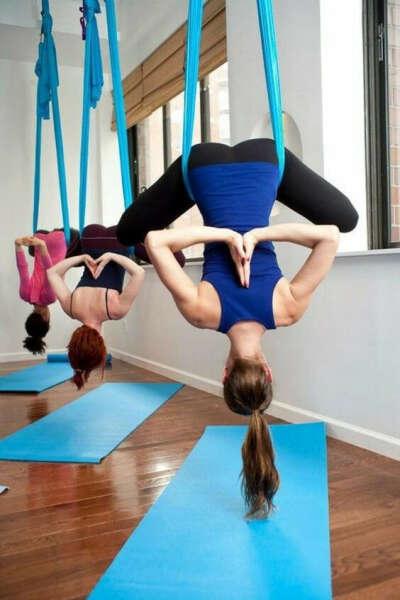 Абонемент на йогу в гамаках