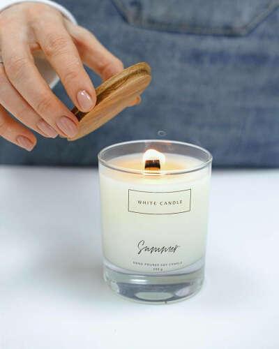 """Свеча ароматическая WHITE CANDLE """"Summer/ Лето - свечи с деревянным фитилем"""", 9 см, 1 шт"""