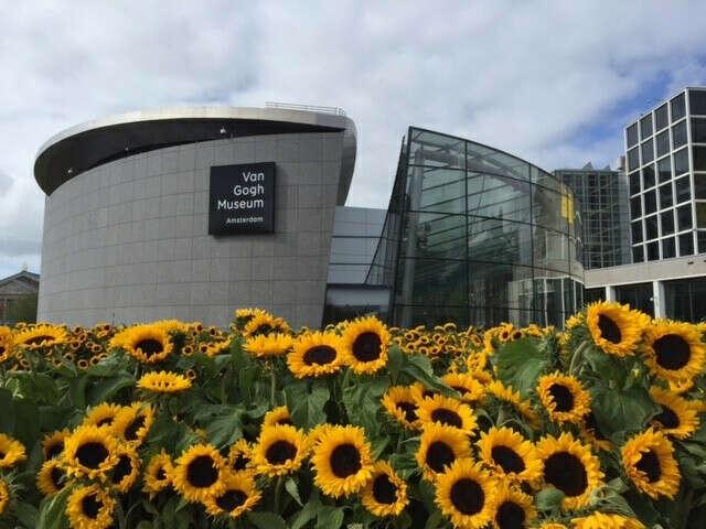 Посетить музей Ван Гога в Амстердаме