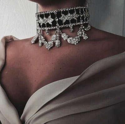 чокер ожерелье