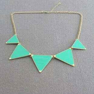 Колье с треугольниками мятное