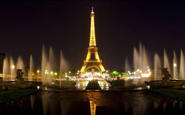 Побывать в Париже!