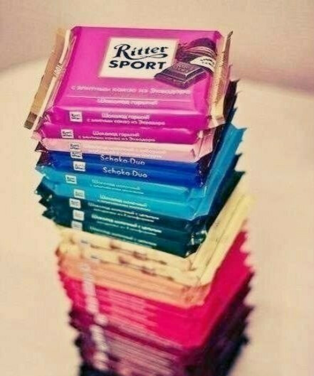 Кучу вкусного шоколада