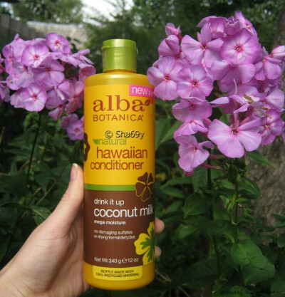Кондиционер для волос Alba Botanica Natural Hawaiian Conditioner. Drink It up Coconut Milk