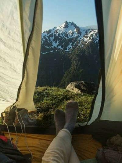 Ночевать в палатке