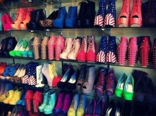 хочу много красивой обуви!!