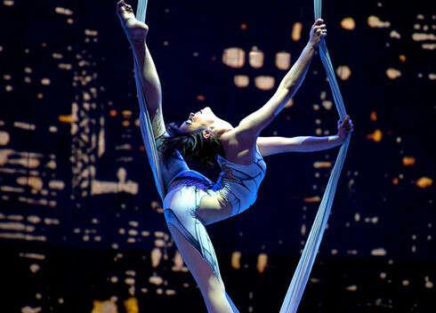 посмотреть цирк Дю Солей в Париже!!!