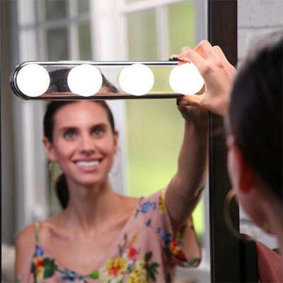 светильник для макияжа