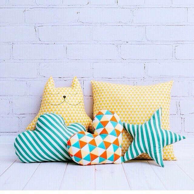 Декоративные подушки,набор