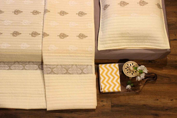 Mother of Pearl Quilted Bedcover Set