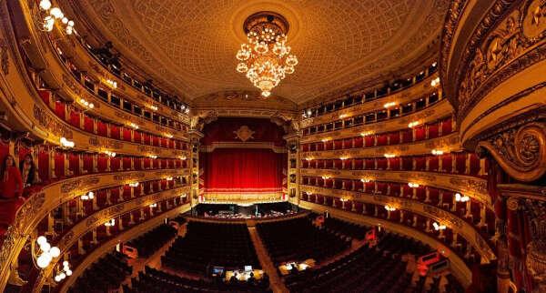 Послушать оперу в La Scala (Театр в Милане)