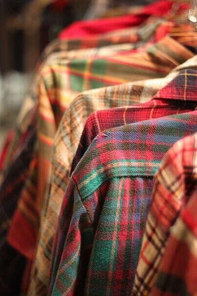 Много клетчатых рубашек