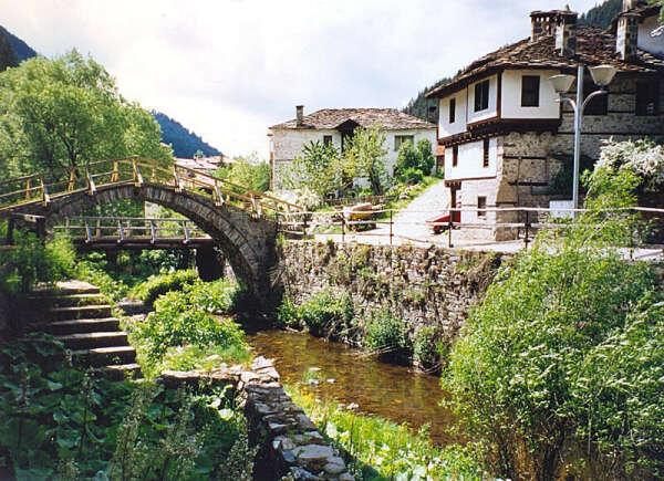 Съездить в Болгарию