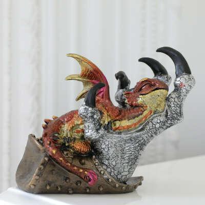 Статуэтка Дракон в руке Коричневый